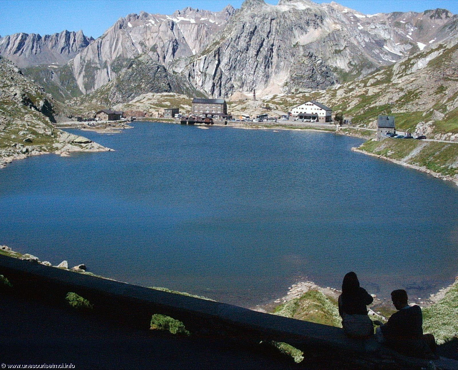 col-du-grand-saint-bernard_01