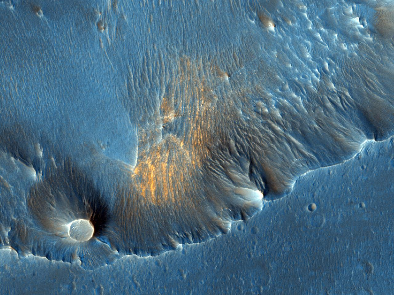 Mars_images-satellite_Hematite_in_Capri_Chasma_photos-by-NASA-and-ESA_best-selection-photography
