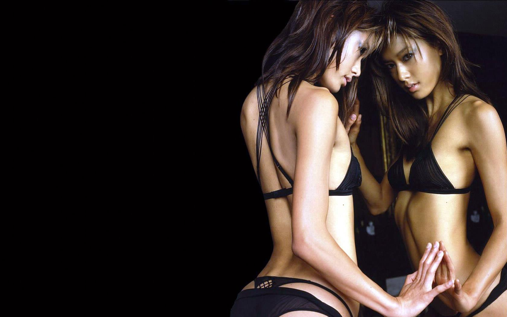 nouvelle-serie-sexy-wallpapers-extra-large_06
