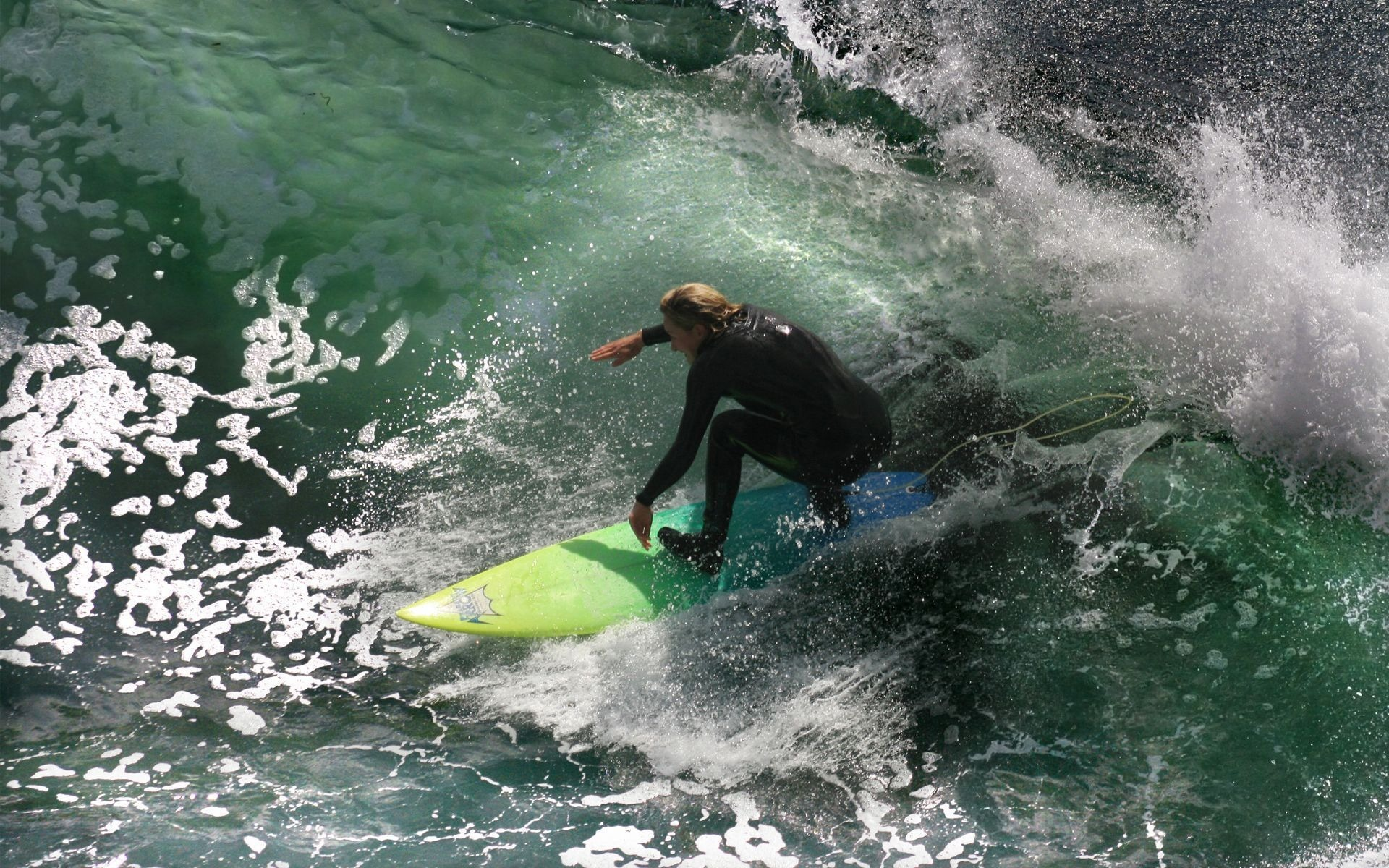 surf-sur-la-vague__fond-ecran_photos