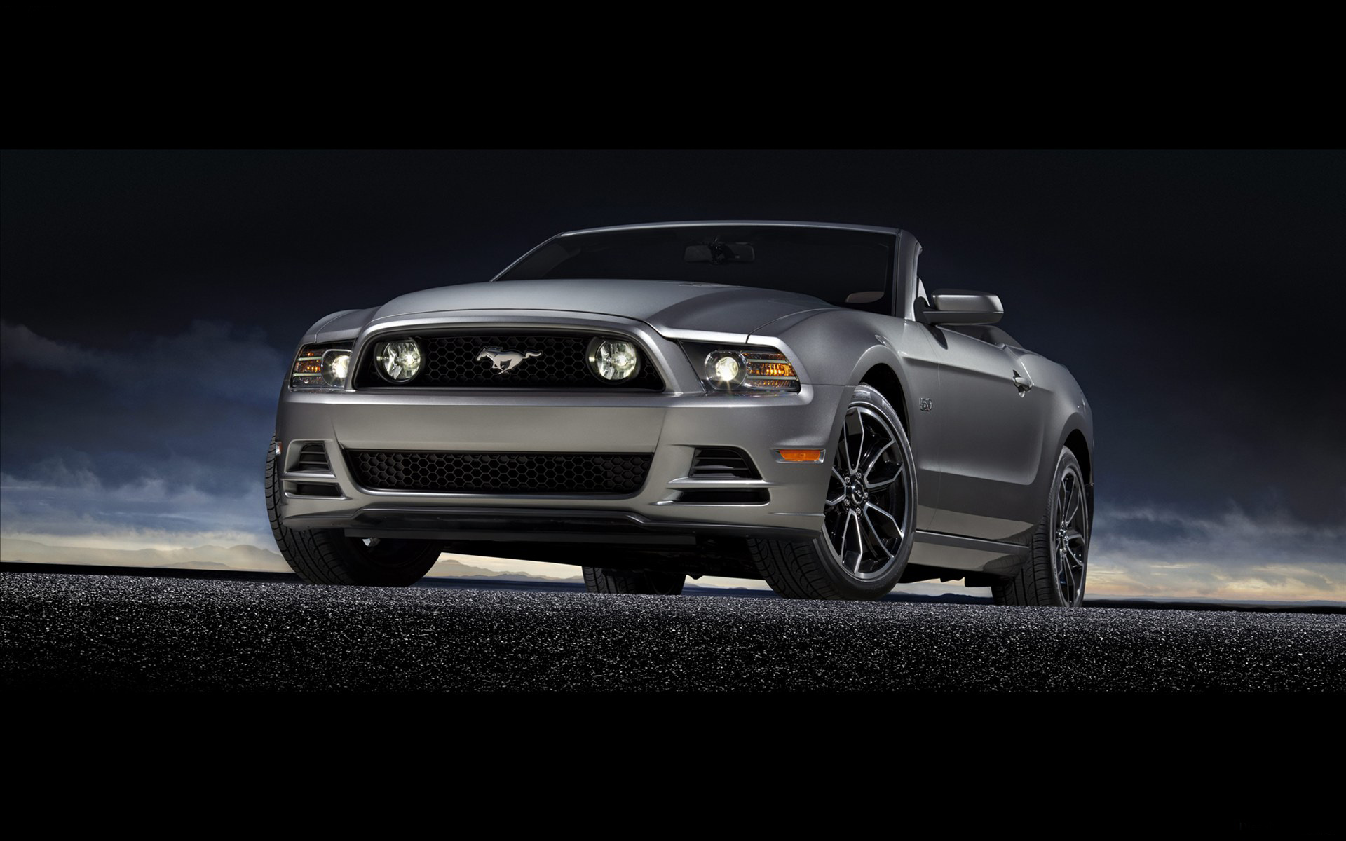 coupe-gris-perle_ford-mustang