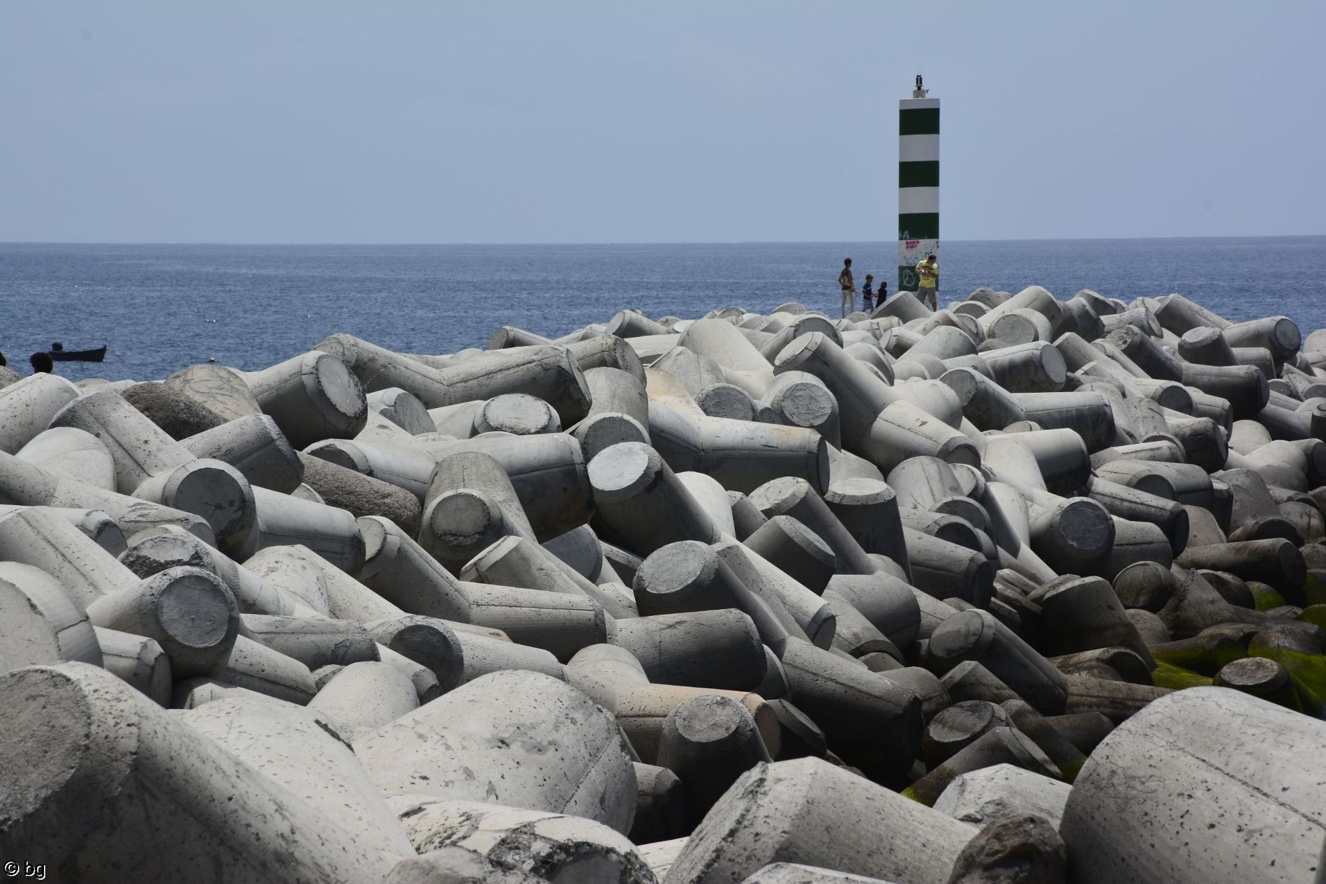 funchal-madre-jetee-phare