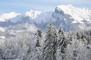neige et montagne: fond d'écran