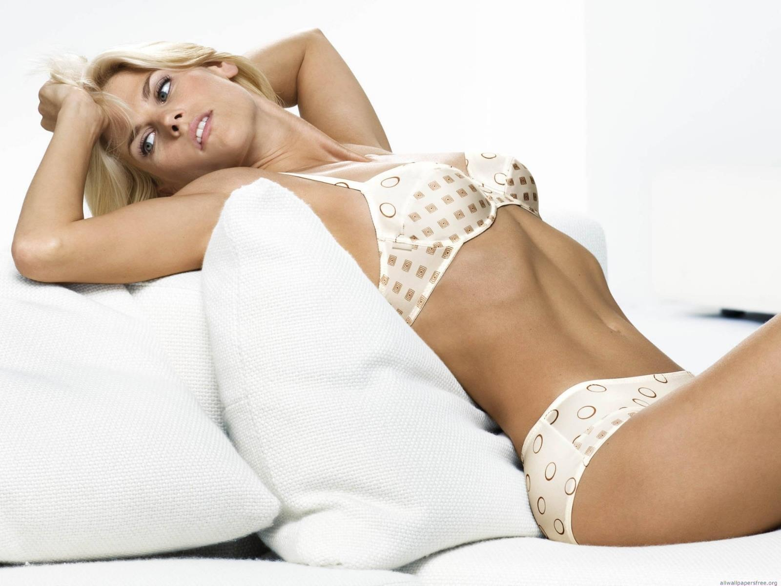 fonds-ecran-sexy_girls-hot-and-sexy_04