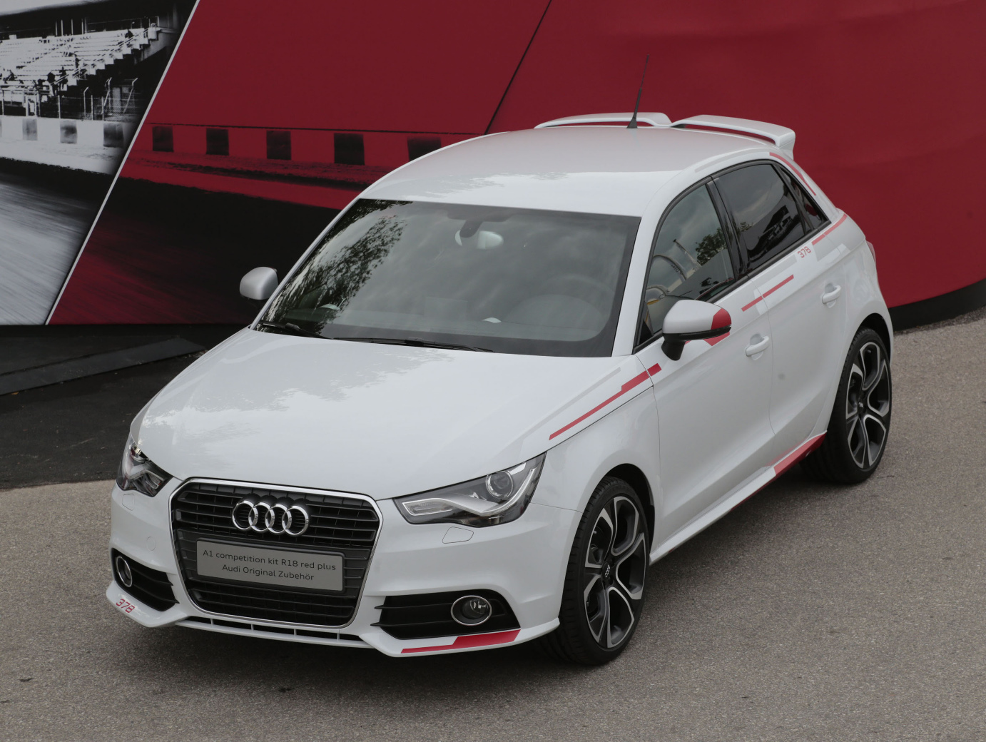 audi-A1_Competition_Kit-R18_06