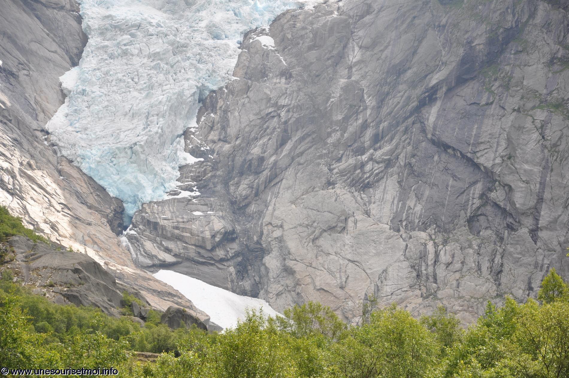 norvege_ville-de-olden_glacier-de-briksdal_09