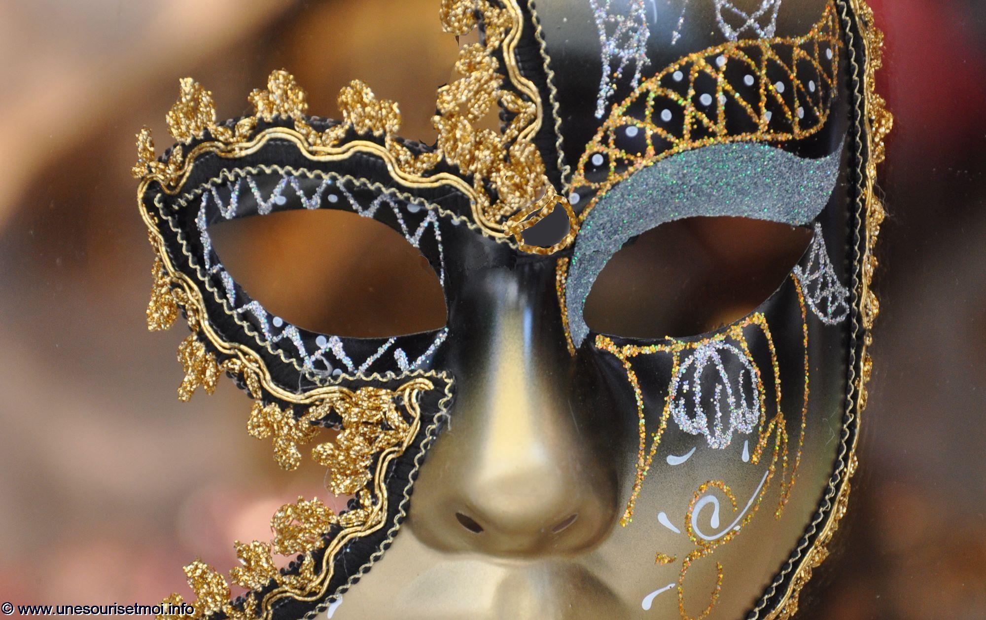 masque-venise-carnaval-exposition-photo-passion-et-voyage