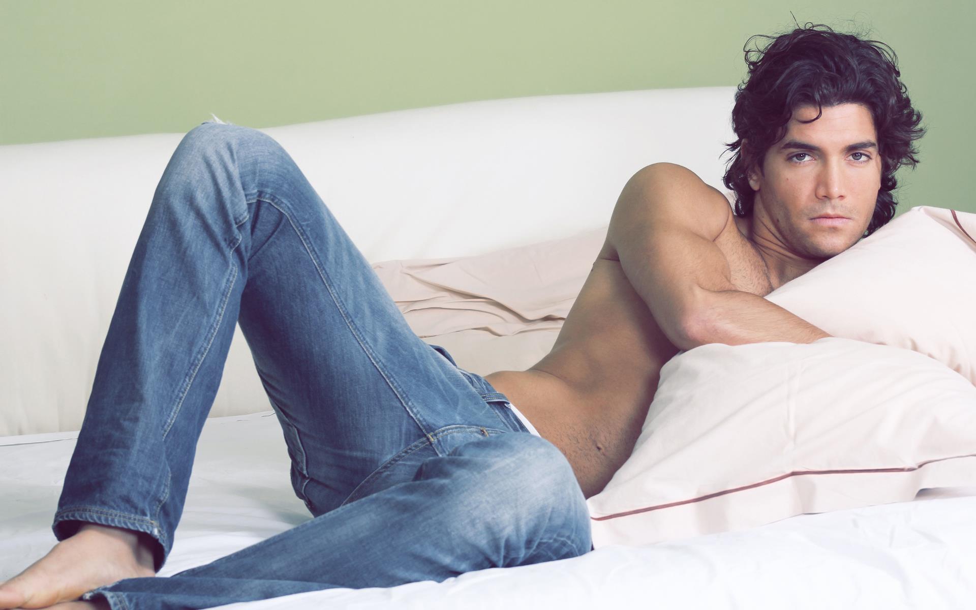 photo-avec-homme-super-sexy-top-modele-1