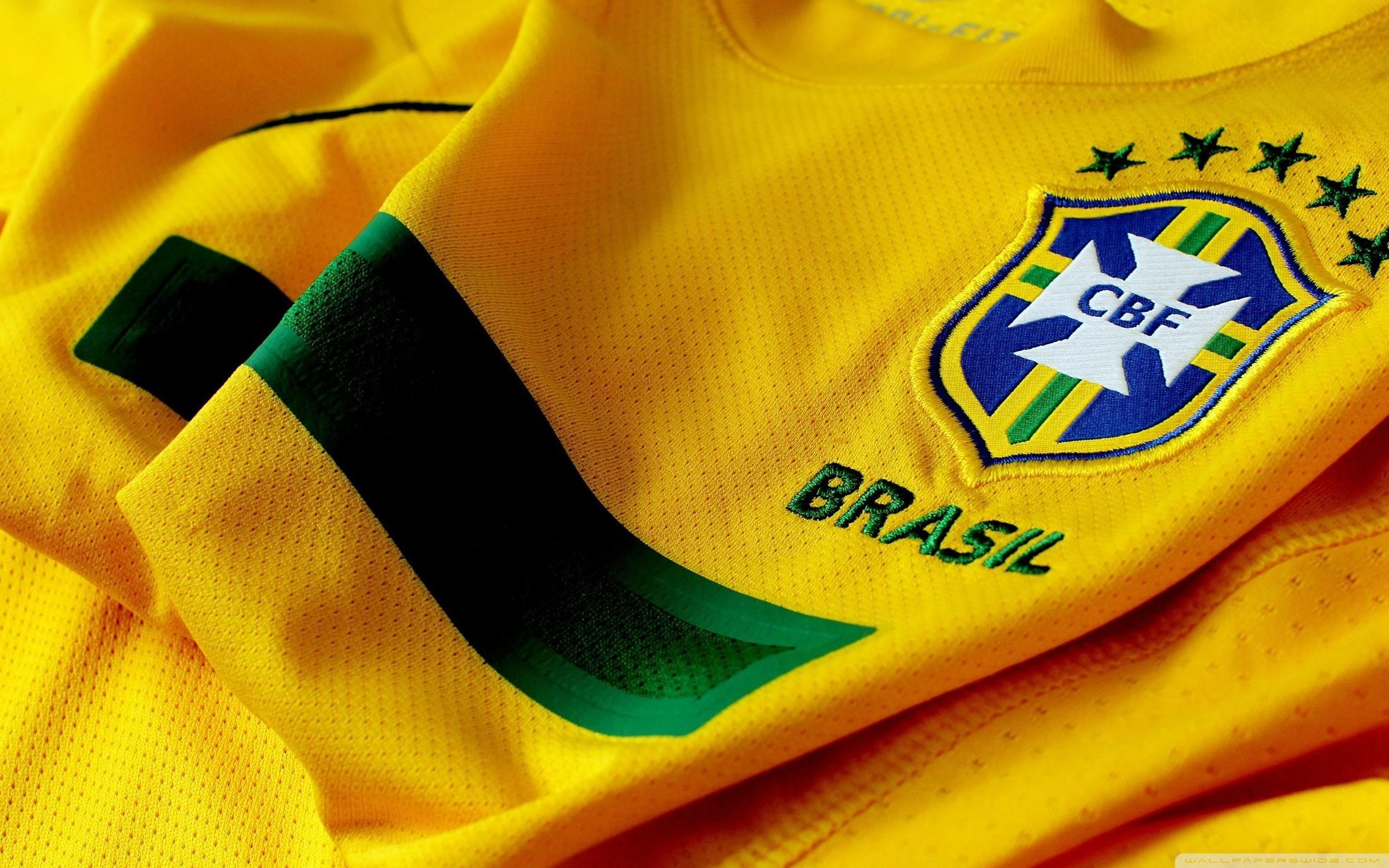 maillot-jaune-equipe-du-bresil-coupe-du-monde-2014