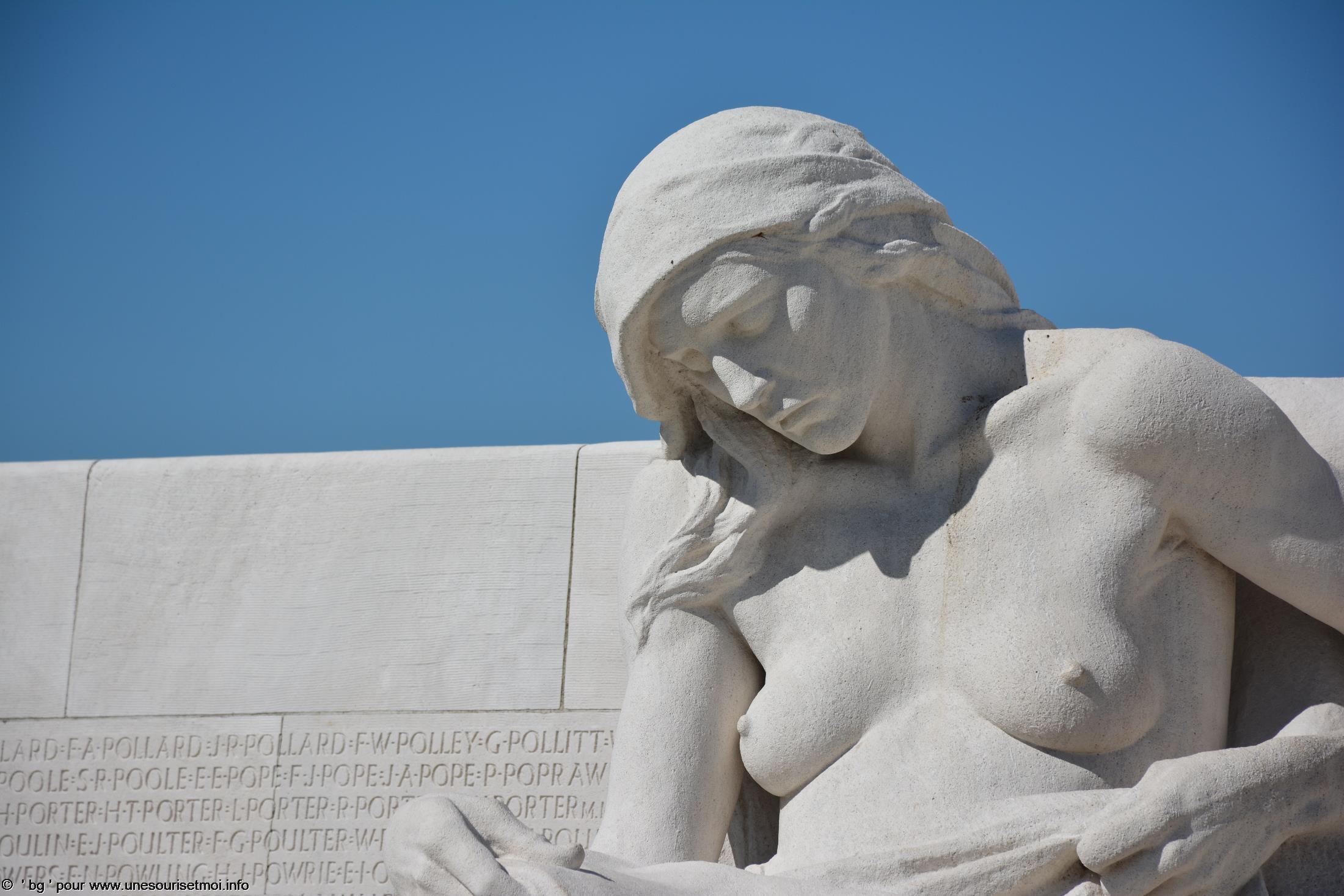 statues-et-sculptures-premiere-guerre-mondiale-le-parc-et-le-memorial-canadien-de-vimy_3