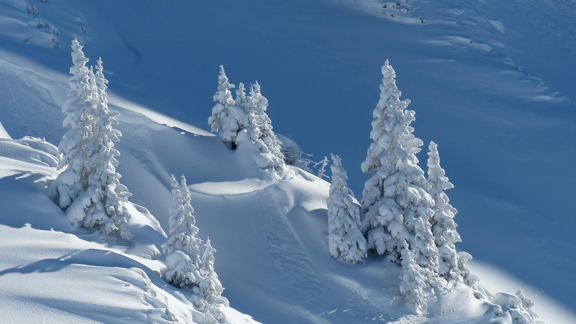 fonds-ecran-hiver_photos-du-monde_tyrol