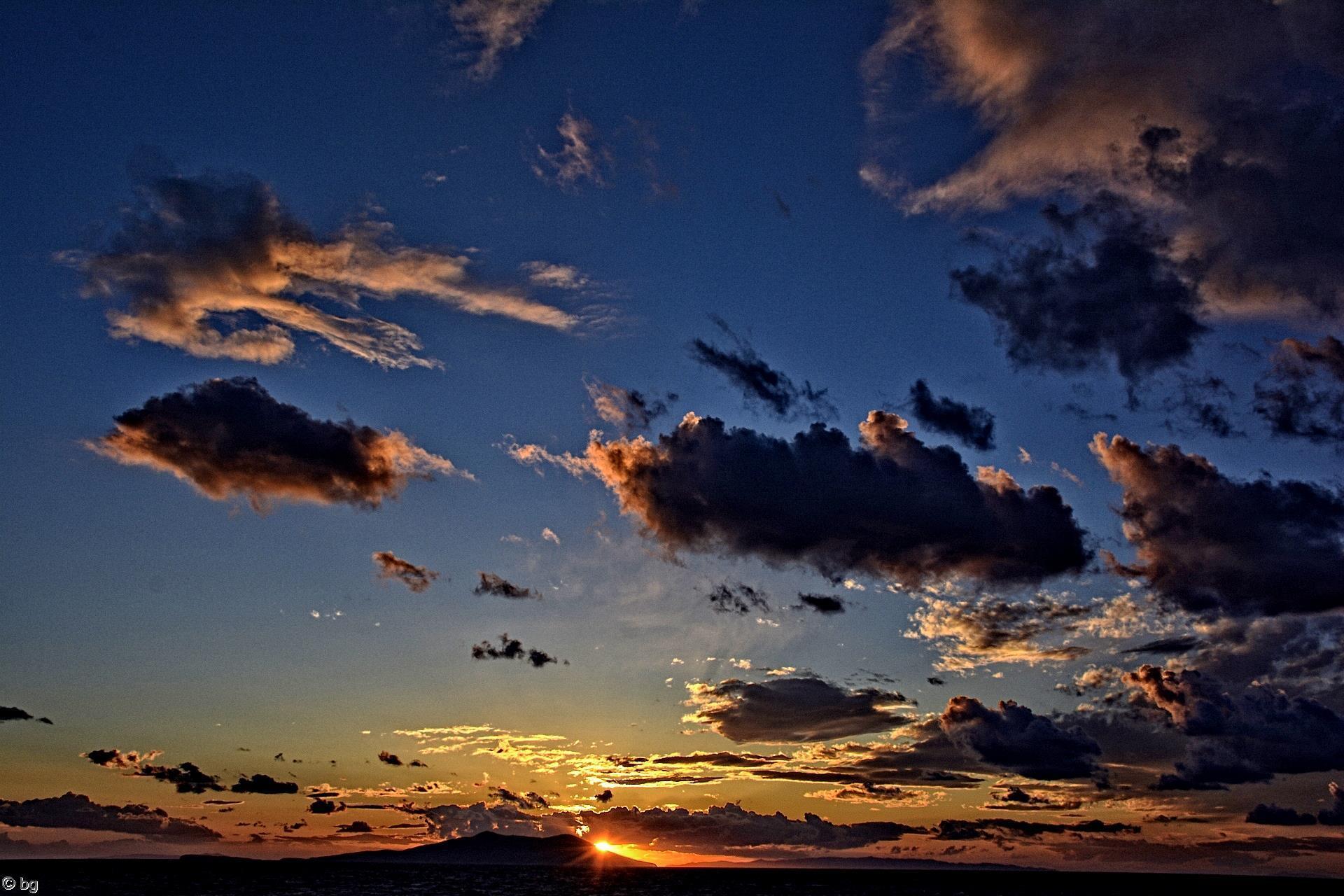 nuages-et-coucher-de-soleil_1