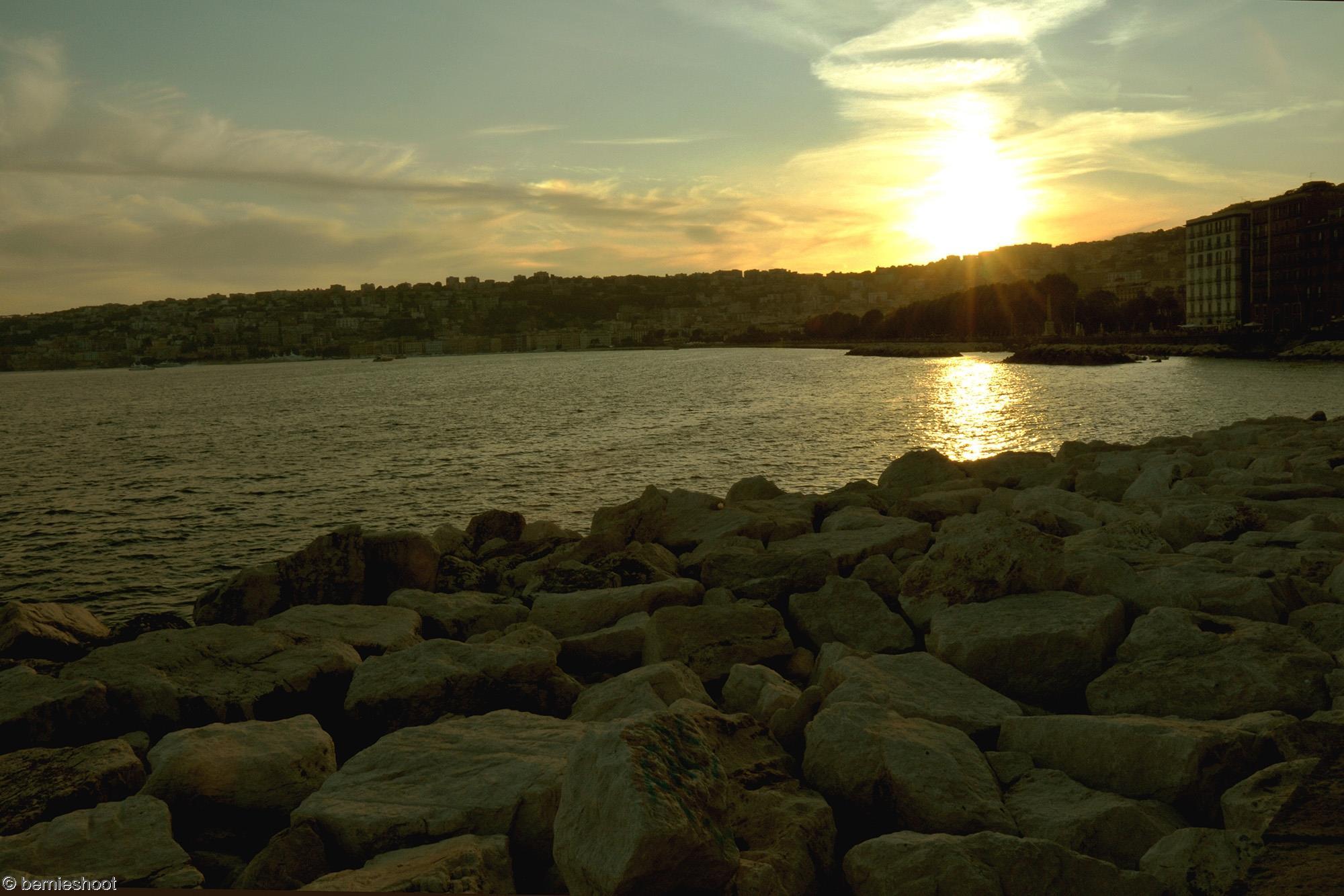 coucher-de-soleil_naples_italie