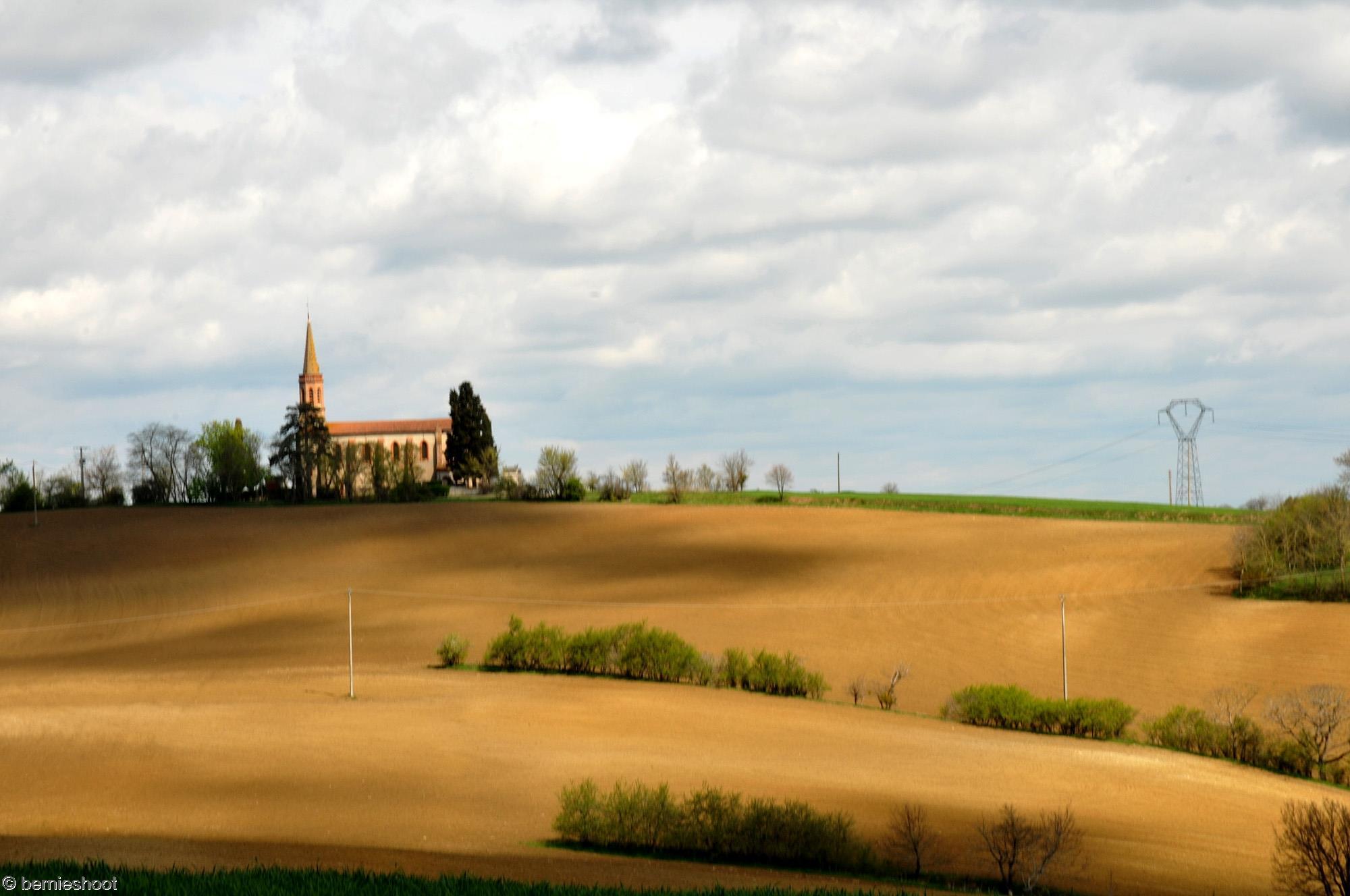 eglise-saint-julien_campagne-et-champs