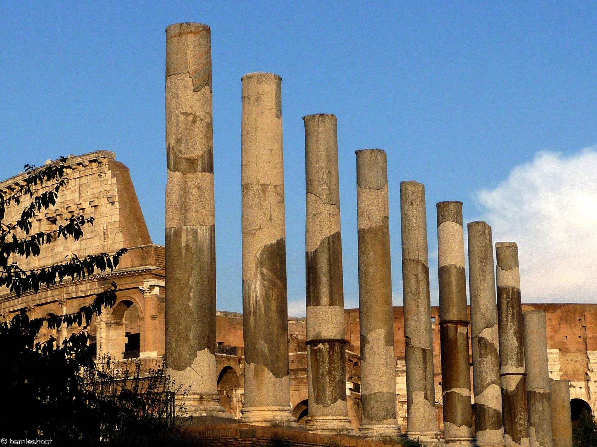 rome-colonnes-colysee_visite-et-tourisme