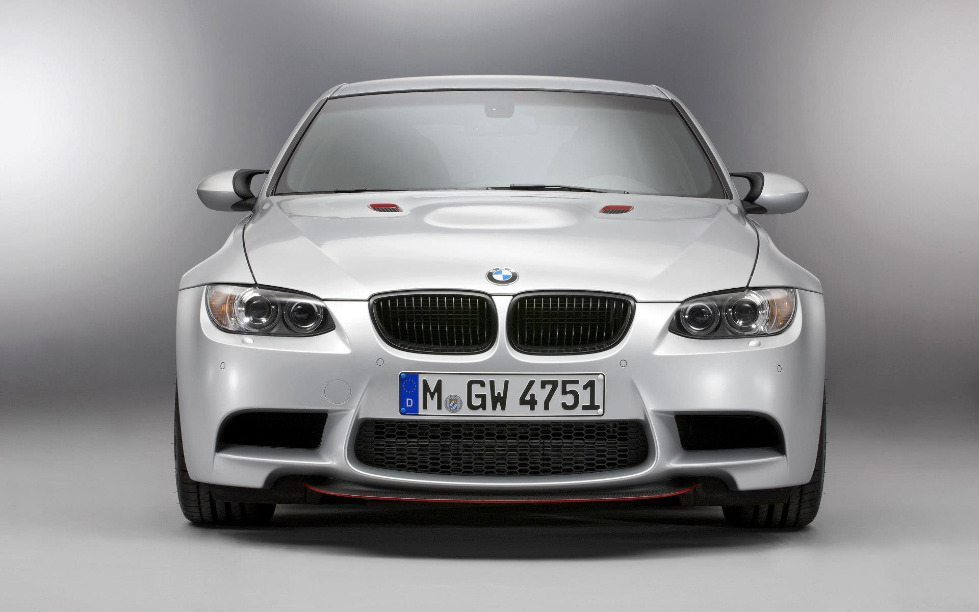 BMW-fond-ecran-automobile_1