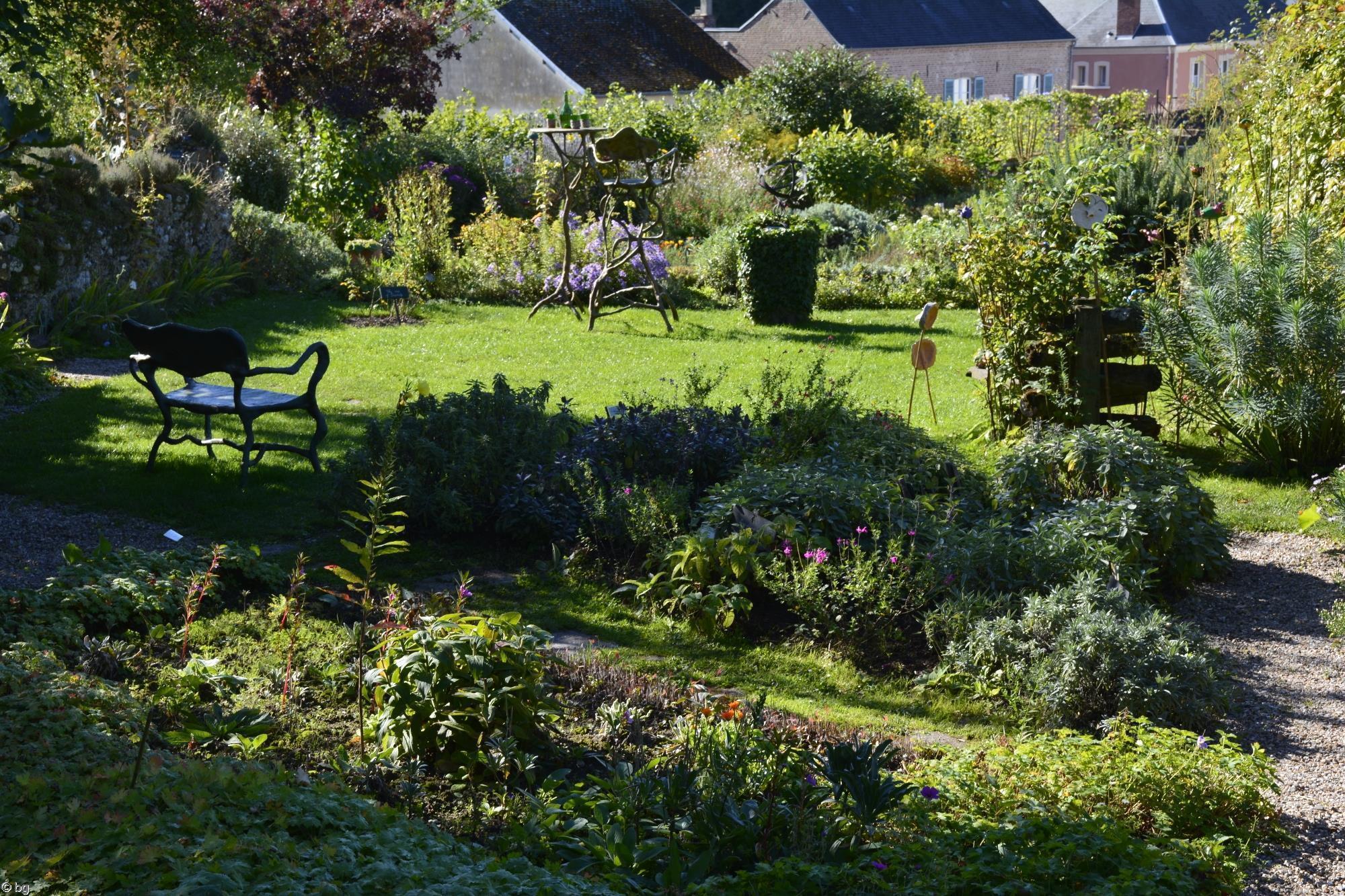 le-jardin_promenade-dans-la-verdure_06