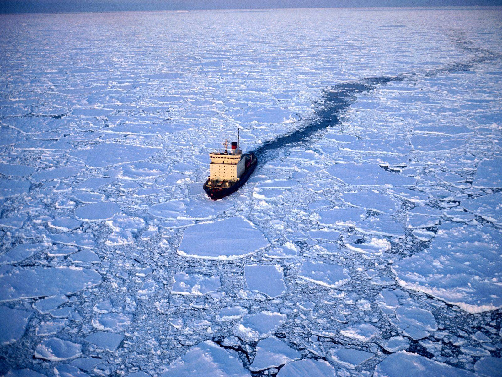 antartique_brise-glace