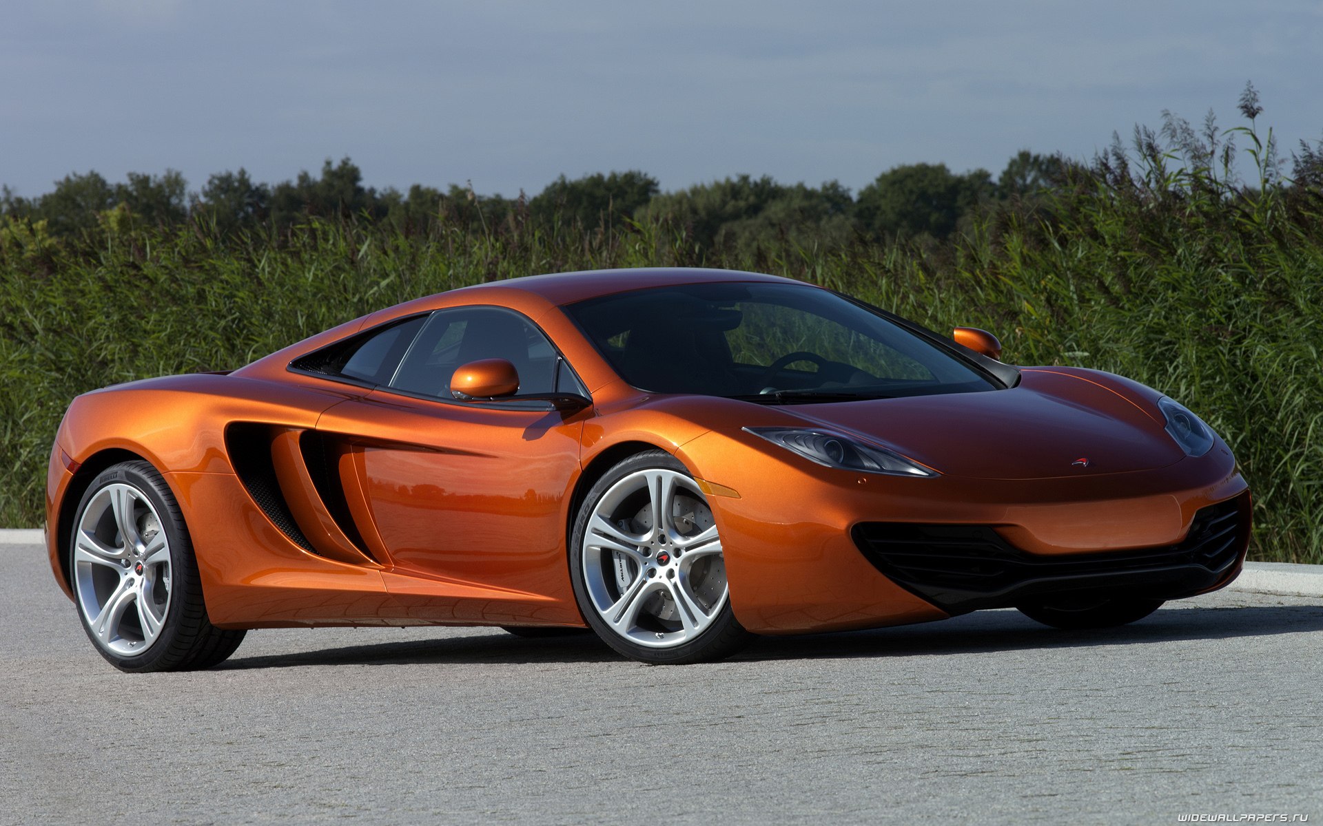 sport-ou-reve_fonds-ecran-automobile_16