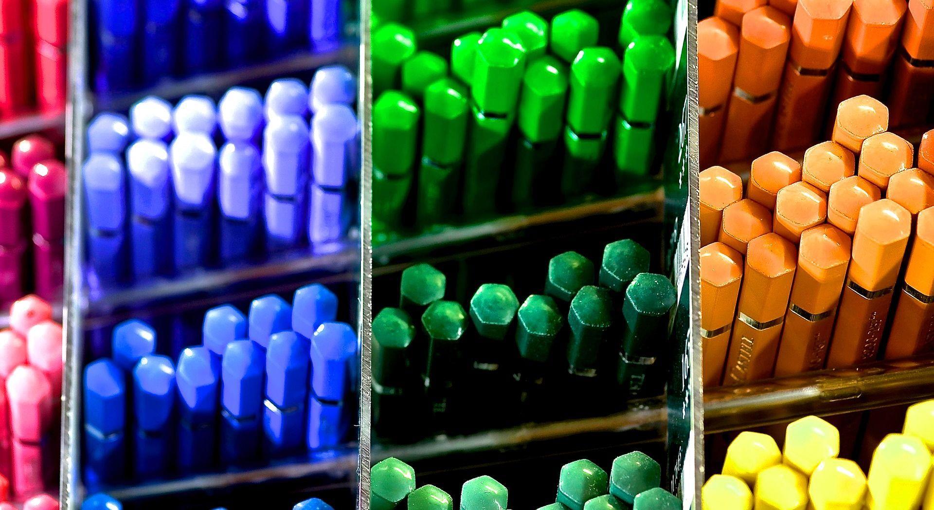 crayons-ranges-par-couleurs