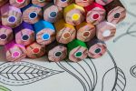 test-de-dessin-au-crayon-de-couleur