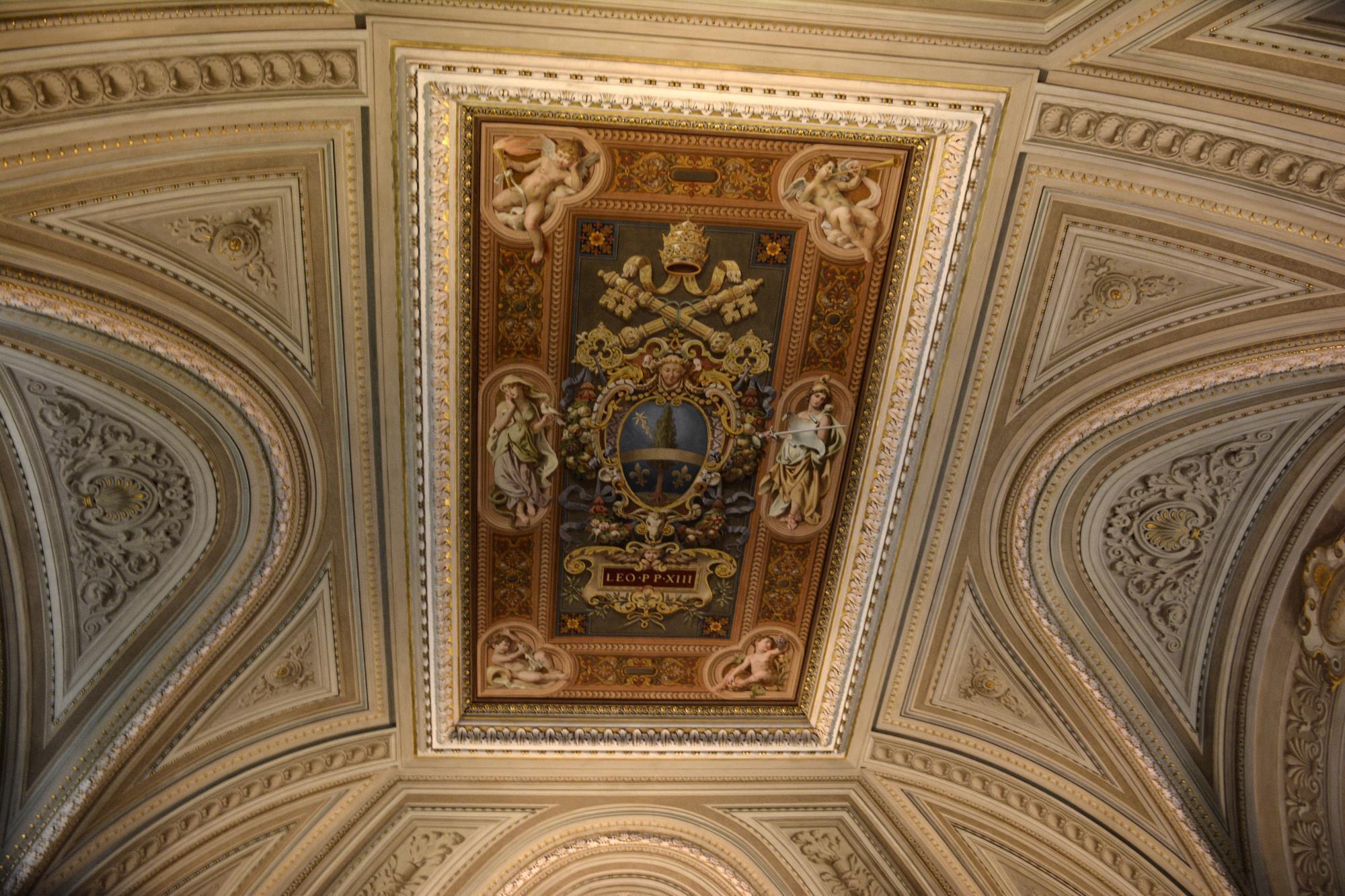 un-plafond-en-fond-ecran_3