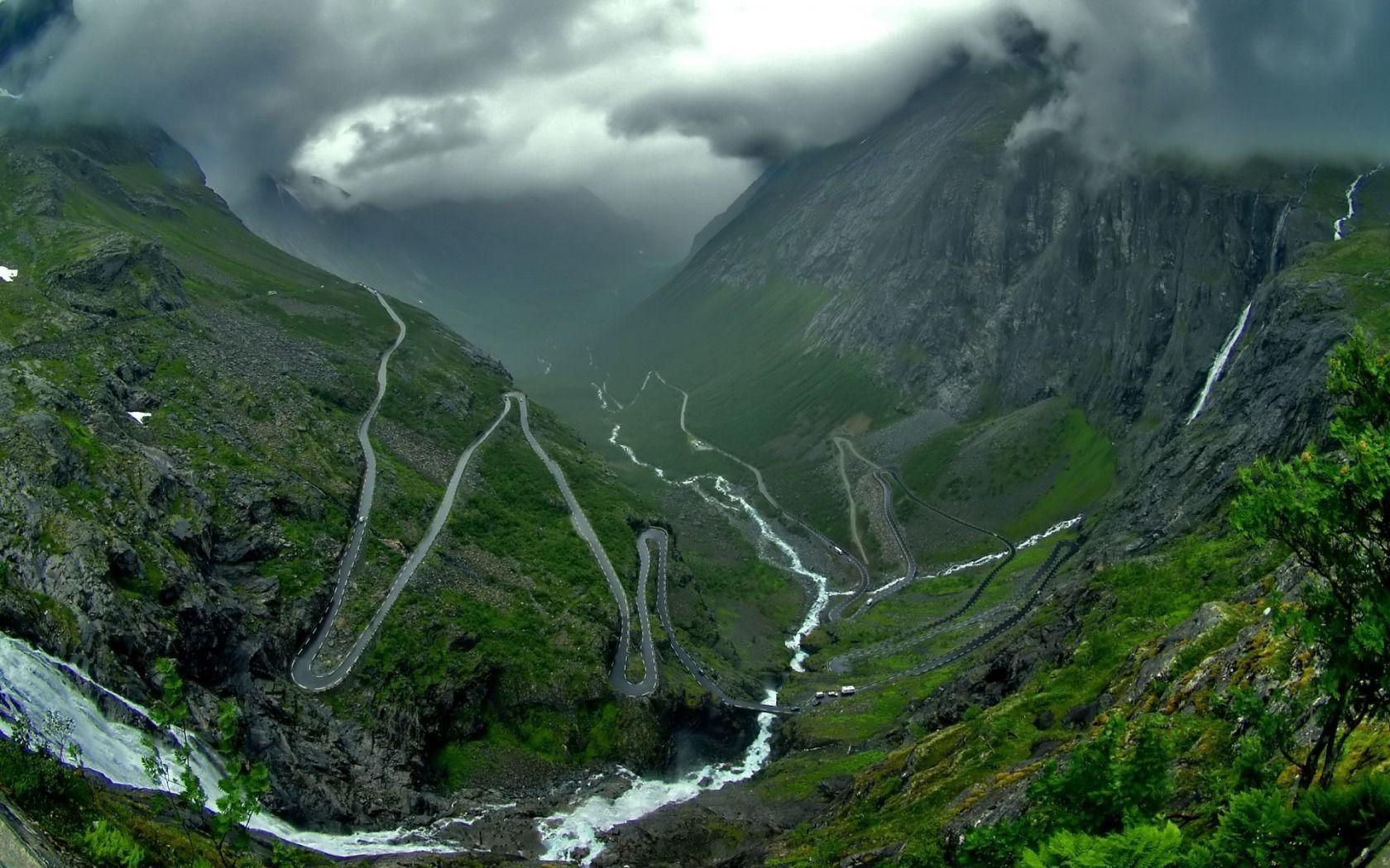 vallee_fonds-ecran-gratuits_paysage_3