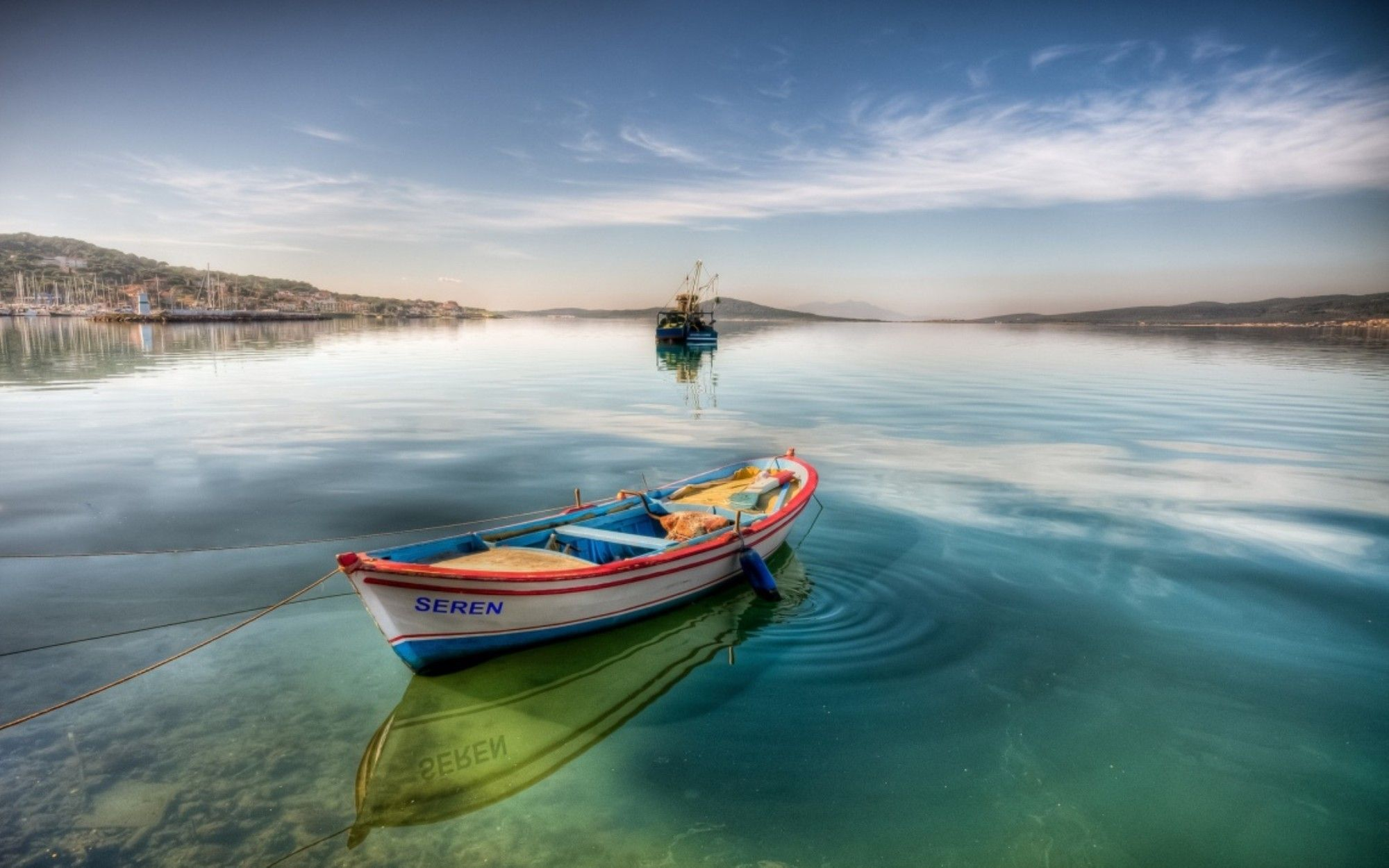 barque-et-bord-de-mer
