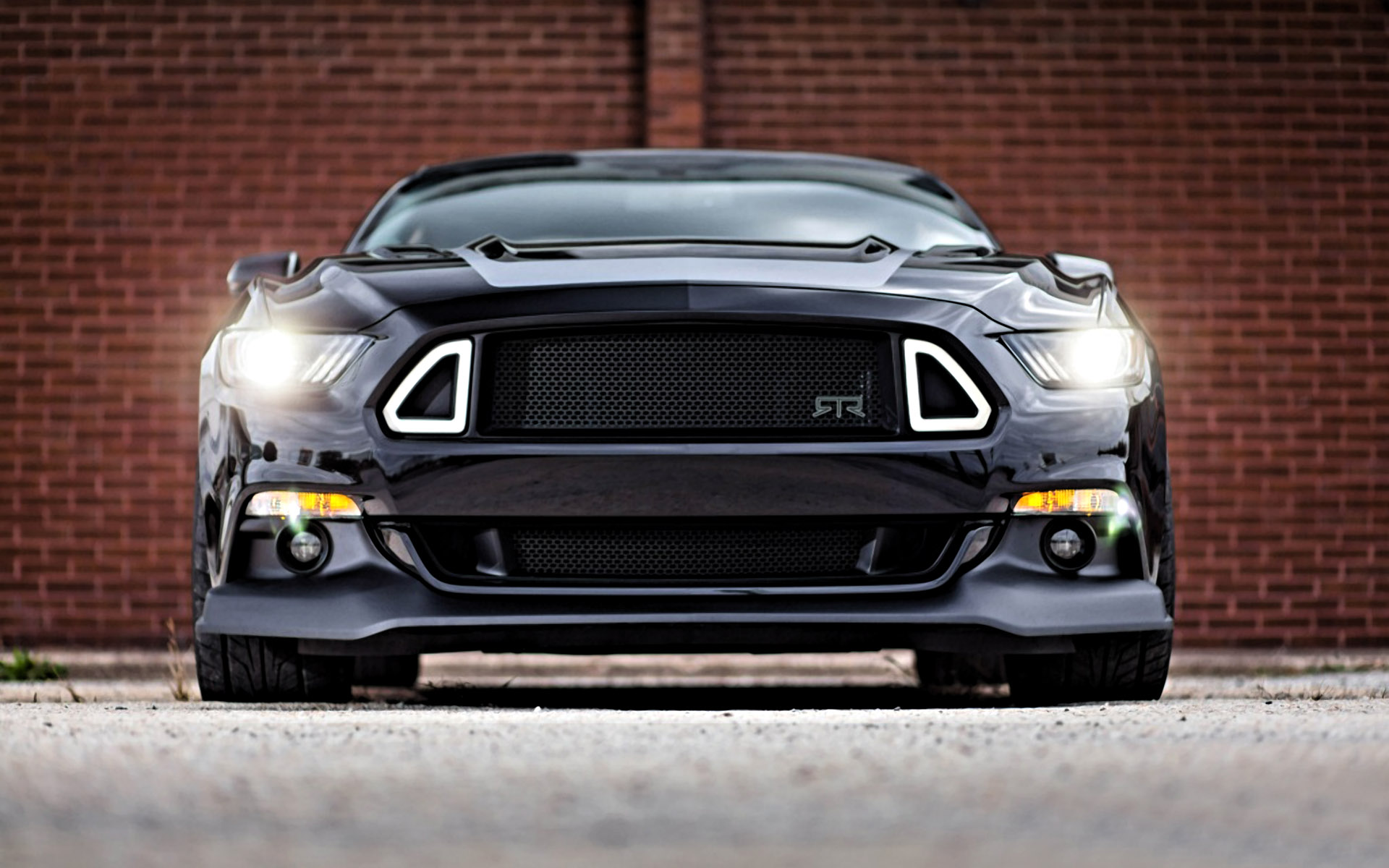STR-ford-mustang