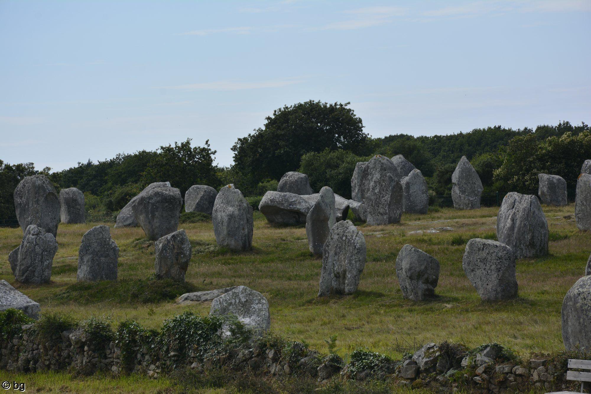 dolmen-de-carnac-alignement