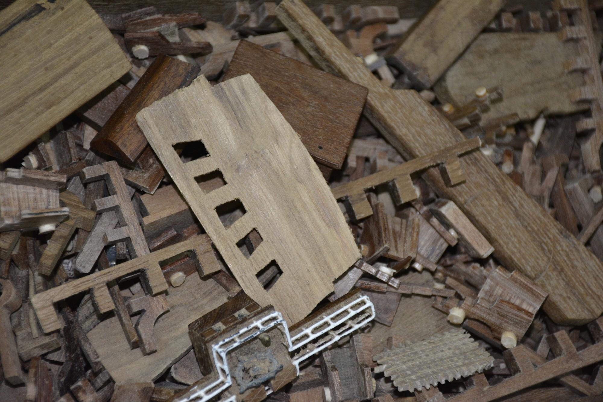 restes-construction-maquettes-sous-lesl-tropiques-03