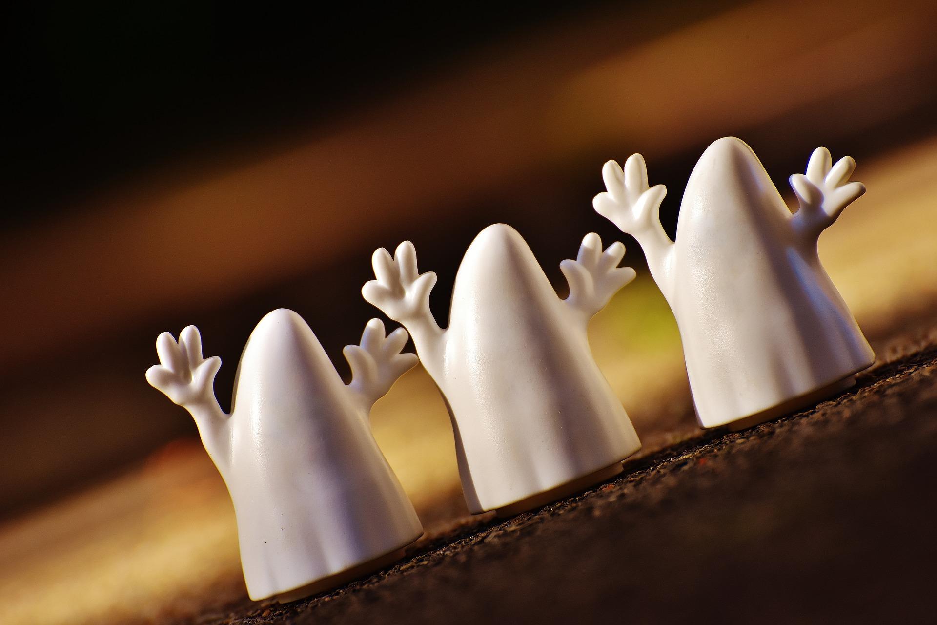 trois-blanc-halloween