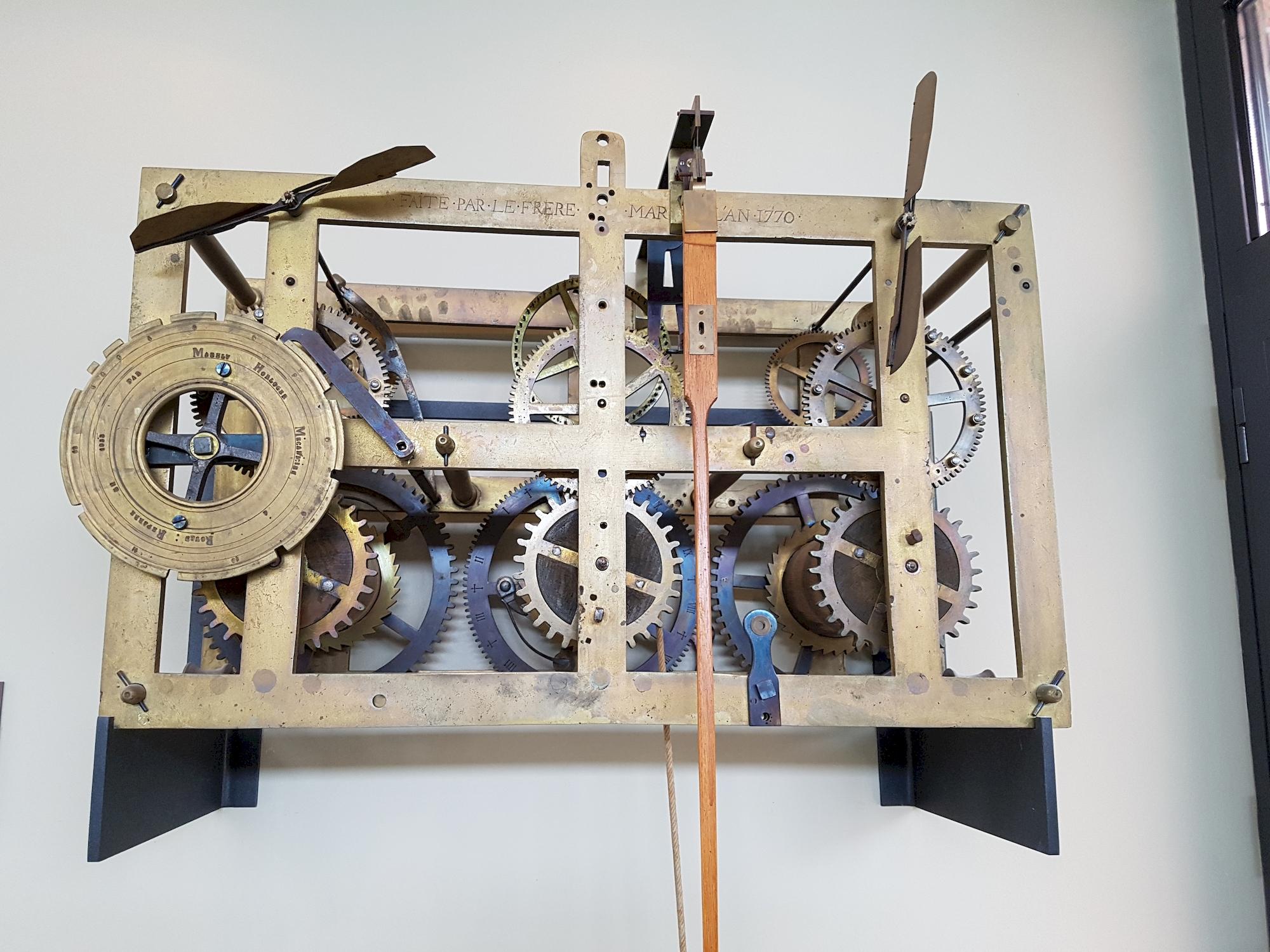 mecanisme-de-clocher-musee-de-l-horlogerie-Saint-Nicolas-d-Aliermont