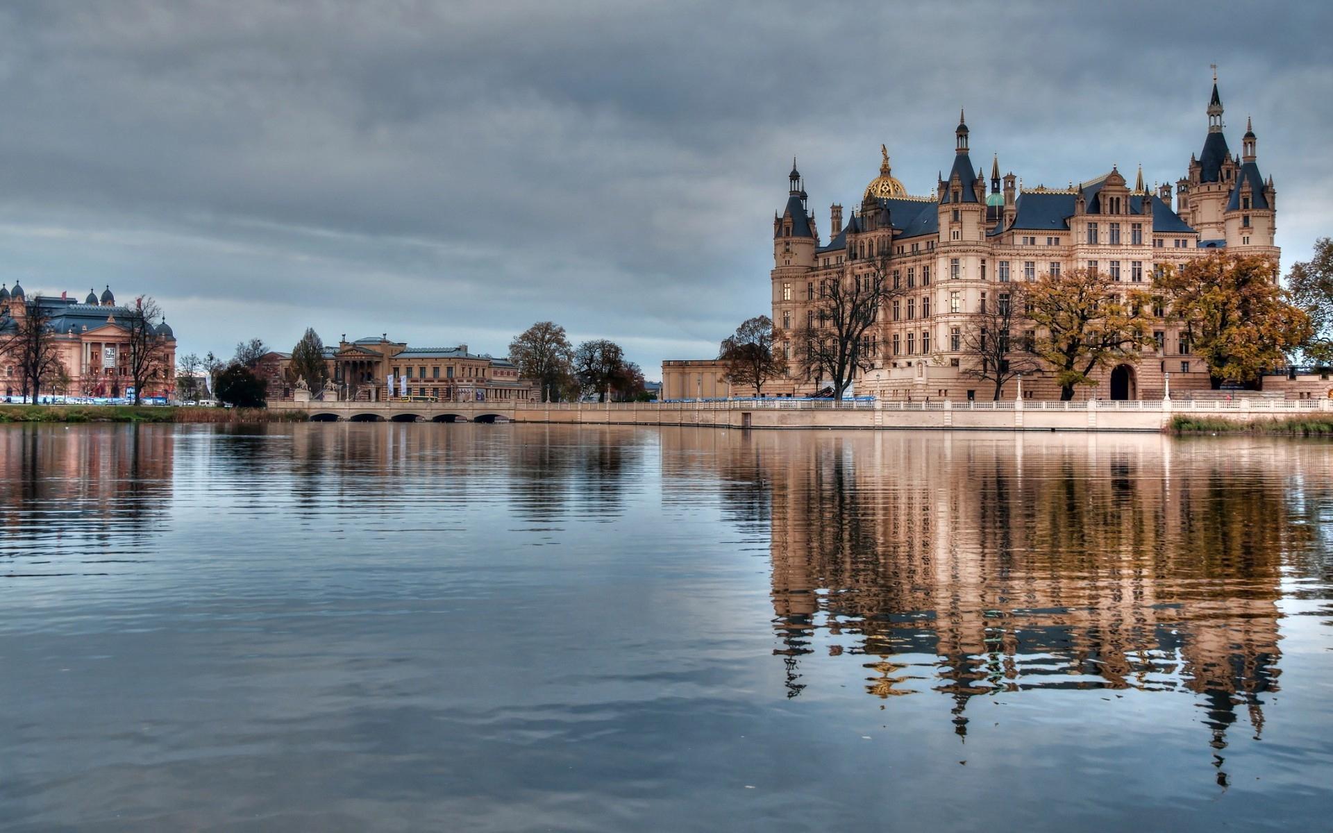 reflets-villes-et-monuments-du-monde-entier