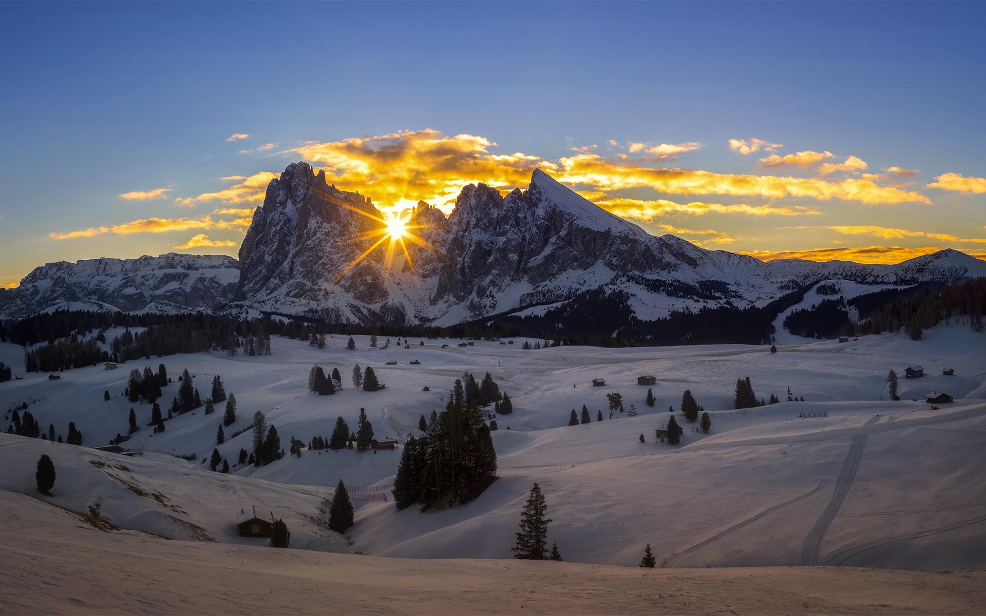 soleil-couchant-a-la-montagne