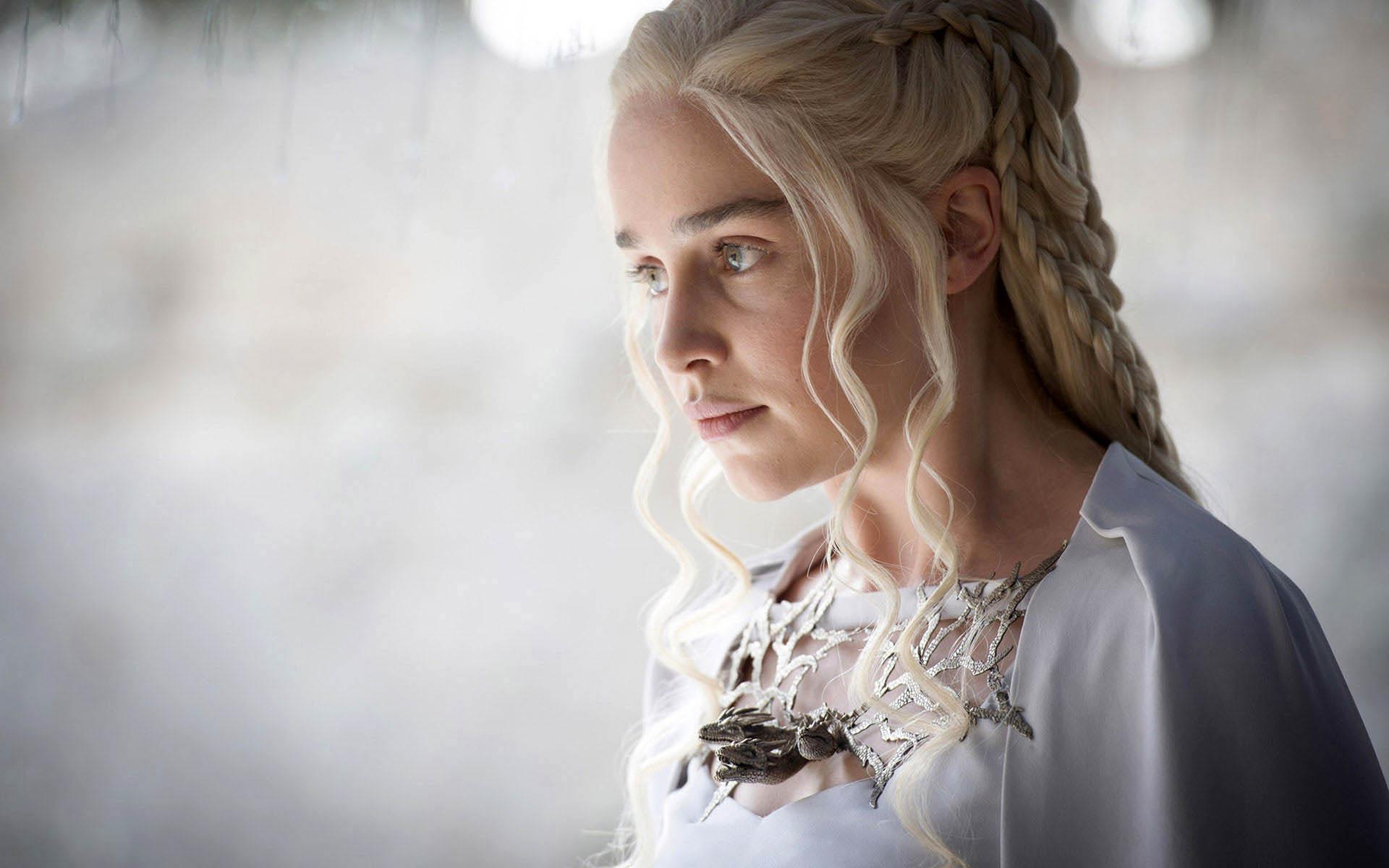 Daenerys-Targaryen-personnage-fictif