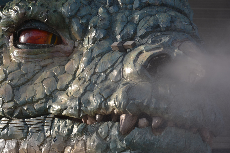 dragon-qui-crache