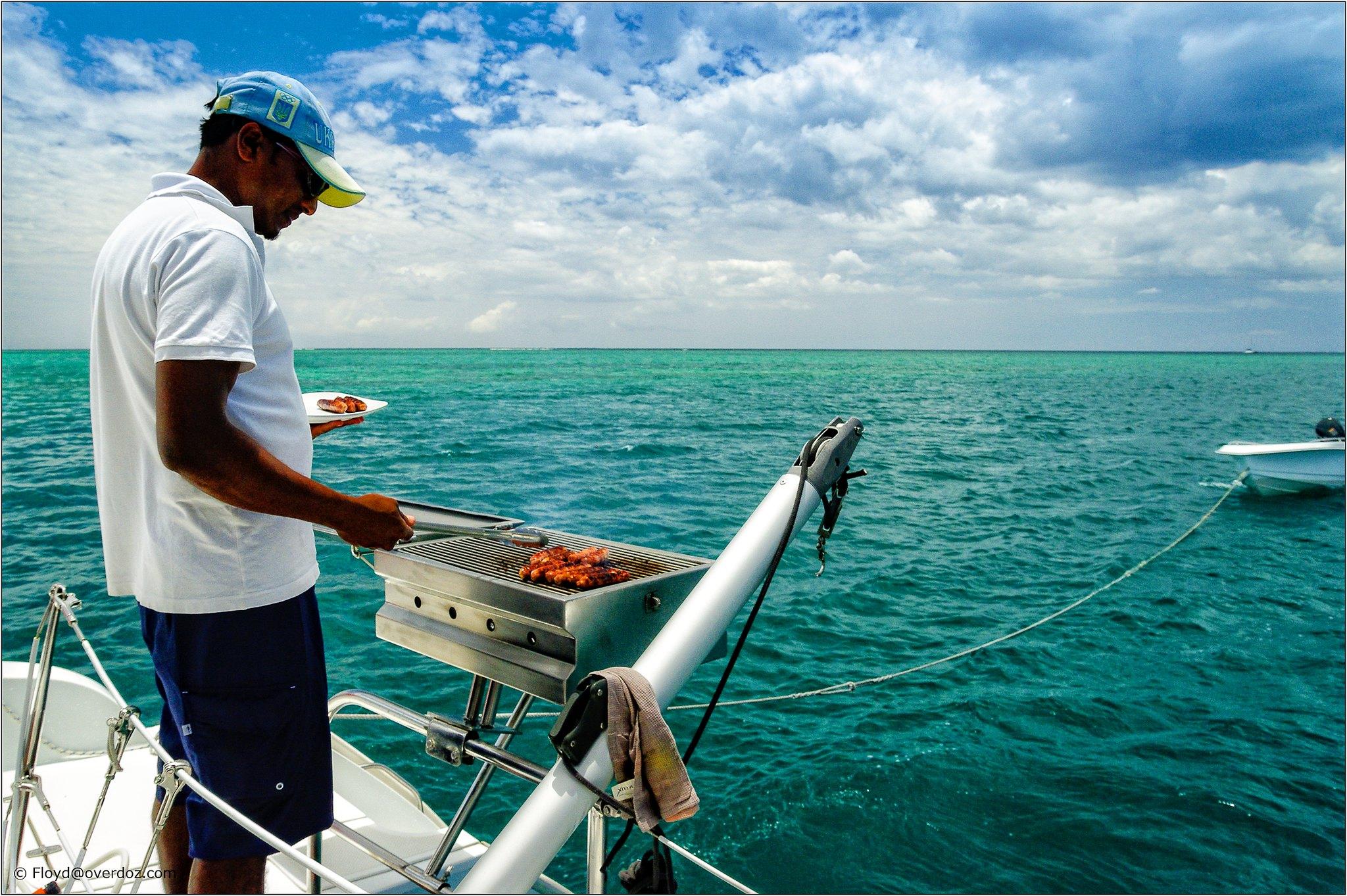 barbecue-sur-le-bateau
